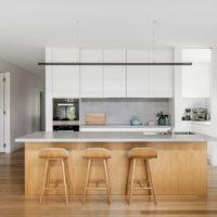 modern kitchen award winning bayside builder